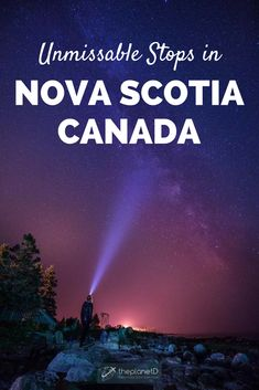 A photography travel guide to the best places and things to do in Nova Scotia, Canada. Peggy's Cove in Halifax and Fleur de Sel Restaurant in Lunenburg are musts when visiting this region. Make sure to also explore the lighthouse in Yarmouth. These stunni Cabot Trail, Travel Photography Tumblr, Photography Beach, Quebec, Vancouver, Alberta Canada, Travel Guides, Travel Tips, Bucket List Travel