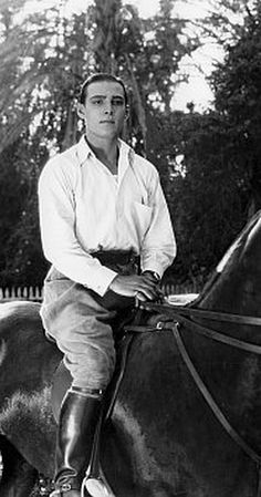 """""""Young Rajah, The"""" Rudolph Valentino, Paramount, **I. Golden Age Of Hollywood, Vintage Hollywood, Classic Hollywood, Silent Film Stars, Movie Stars, Rudolph Valentino, Men Are Men, Valentino Men, Actor"""