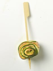 Cannelloni van courgette zalm en pesto (warmen op grill of bbq)