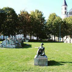 """""""Skulpturen im #park mit #kloster im Hintergrund. #Magdeburg"""""""