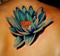 kwiat lotosu tatuaże na plecach #kwiaty #lotos #tatuaże #tatuażekwiaty
