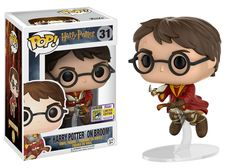 Harry Potter: Quidditch uniform/Seeker on Broom Pop by Funko, San Diego Comic Con 2017 exclusive Harry Potter Quidditch, Harry Potter Pop Vinyl, Objet Harry Potter, Images Harry Potter, Funko Pop Harry Potter, Disney Pop, Figurine Pop Harry Potter, Harry Potter Pop Figures, Pop Vinyl Figures