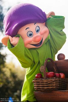 "Hey it's you ""Dopey""!"