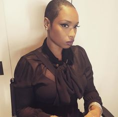 Jennifer Hudson recently shaved off her pixie cut in favor of a statement-making style and now she's revealing her hair inspiration. Get the details! New Short Haircuts, Short Hair Cuts, Short Hair Styles, Pixie Cuts, Short Pixie, Hollywood Stars, Buzz Cut Hairstyles, Twa Natural Hairstyles, Twa Hairstyles