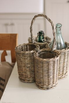 Bottle basket. Good for picnics, aren't they?