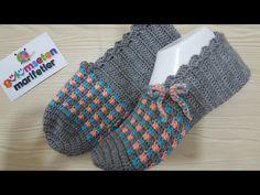 How to crochet slippers step by step handmade / New crochet slippers models Crochet Sandals, Crochet Socks, Crochet Baby, Knit Crochet, Baby Knitting Patterns, Crochet Patterns, Knitted Booties, Knitted Slippers, Easy Knitting