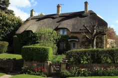 We can't get enough of this charming cottage in Gloucestershire, England.