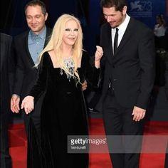 Patty Pravo è tornata nella sua Venezia, più precisamente alla Mostra del Cinema, per ritirare il Premio Kineo Excellence Award per la musica.