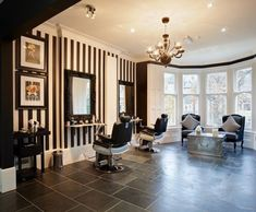 Black&White is a classic, stripes as a focal point,big windows, nice chandelier and voila! Cardiff, Salon Design, Design Design, Interior Design, Salon Style, Big Windows, Beauty Hacks Video, Beauty Room, Beauty Photography