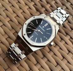 Audemars Piguet Royal Oak 15400 Black Dial