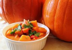 Alkaline Diet Recipe #91: Autumn Pumpkin Stew - This is a delicious pumpkin stew which contains other healthy and alkaline vegetables like carrots, pumpkins, new potatoes, onions and garlic which are all packed with a wide range of nutrients. Serves 4.