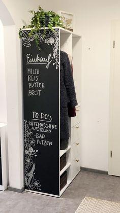 IKEA HACK: SUNDLANDET Schrank mit Tafelfläche – TRYTRYTRY Armoire Ikea, Closet Organization, Ladder Decor, Hacks, Blog, Interior, Bedroom, Home Decor, Sweet