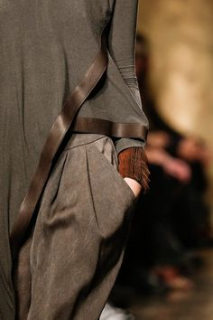 New York Fashion Week Outono 2013 – Donna Karan – Passion for Fashion – Brasil Fashion Details, Look Fashion, Fashion Show, Womens Fashion, Fashion Design, Donna Karan, Fashion Week, New York Fashion, Winter Fashion