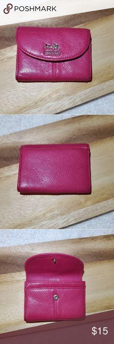 American Girl Doll 6.25 x 1.25 Pink Round Zippered Holder w// wristlet /& pocket