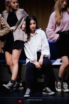 Kpop Girl Groups, Korean Girl Groups, Kpop Girls, Ps I Love, Wattpad, Olivia Hye, Ulzzang Girl, Pop Group, K Idols