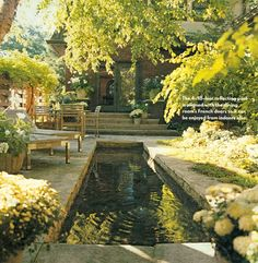 I LOVE LOVE LOVE THIS HOUSE AND GARDEN!!