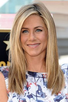 Simply Something: Women I admire....Jennifer Anniston