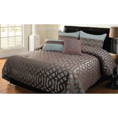 Check out the Hallmart Collectibles 49717 Geo 5 Pieces King Comforter Set in Blue/Brown priced at $129.99 at Homeclick.com.