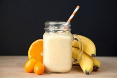 Power up for a run with this muesli smoothie - 5 perfect pre-run breakfasts - Runner's World Nutrition Plans, Nutrition Tips, Runners Nutrition, Human Nutrition, Healthy Nutrition, Muesli, Health Breakfast, Breakfast Recipes, Healthy Smoothies