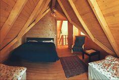 Green Cottage - O cabană superbă, chiar în grădina Carpaților - Wildventure Outdoor Furniture, Outdoor Decor, Romania, Cottage, Green, Home Decor, Cabin, Decoration Home, Room Decor