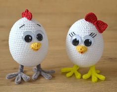 Crochet chicken pattern. Super cute and very easy to make Easter crochet baby chicken boy and girl. You can use them as an Easter table decor or put these chicks in a basket full of eggs. Great addition to your Easter home decor collection. Please note: this is a pattern only,