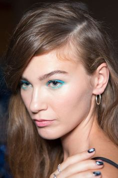 5 Runway-Inspired Ways to Update Your Hair & Makeup Right Now  - Seventeen.com