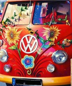 Hippies aren't into hate. Okay, which means you discover that you're a hippie. Then you are going to be a clean hippie. Then you're going to be a clean hippie. Happy Hippie, Hippie Love, Hippie Style, Hippie Peace, Hippie Chick, Volkswagen Bus, Vw T1, Volkswagen Beetles, My Dream Car