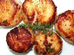 butter-fried sea scallops in white wine