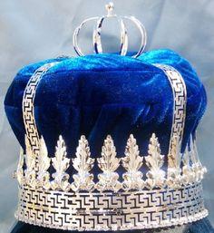 Imperial State Mens King Rhinestone Silver and Blue Crown - Crown Designers - Rhinestone Crowns, Tiaras & Scepters Pageant Crowns, Tiaras And Crowns, Royal Crowns, Royal Jewels, Crown Jewels, Royal Blue And Gold, Blue And Silver, Princess Tiara, Kings Crown