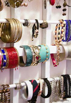 DIY - Jewelry Organizer