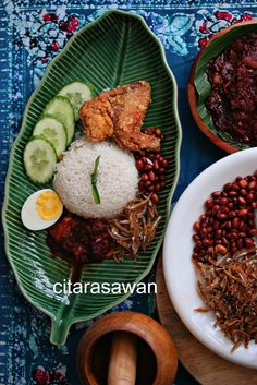 Nasi Lemak Paling Sedap ~ Resepi Terbaik Nasi Lemak, Nasi Liwet, Nasi Goreng, Asian Recipes, Healthy Recipes, Curry Recipes, Malay Food, Spicy Dishes, Malaysian Food