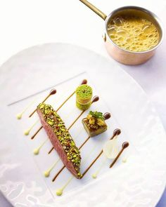 ! Duck / Apple /Parsnip ! 💫🎯🍀 @ #Ossiano #AtlantisThePalm #Dubai #foodporn #OneTeamOneDream #Lovely 💫🎯🍀