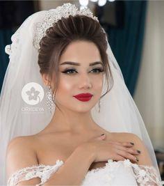 Office Hairstyles, Bride Hairstyles, Plaits Hairstyles, Stylish Hairstyles, Hairstyles Videos, Hairstyle Short, School Hairstyles, Hair Updo, Easy Hairstyles