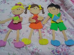 Pedagógiccos: Meus bonecos de EVA para o mural de volta às aulas...