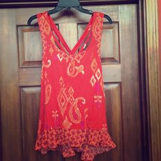 Anthropologie Fei summery top Adorable top, excellent condition. Second pic shows back side. Anthropologie Tops
