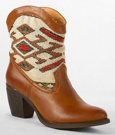 'Wanted Tejas Boot' #buckle #fashion www.buckle.com