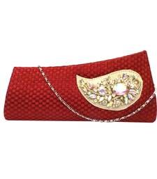 Buy Chequered Jute Clutch with Rainbow Hued Brooch (Red) clutch online