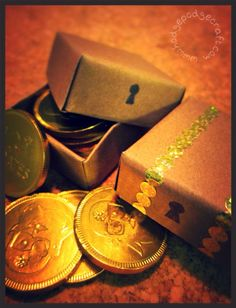 Avast Ye Crafty Land-lubbers! Learn How To Make Mini Treasure Chest Box Favours…