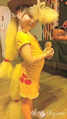 The easiest last minute diy my little pony costume tutorial easy diy my little pony applejack costume valerie this is for you solutioingenieria Gallery