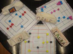 ARGE Kleinschulen in Vorarlberg:> Textile Works - Schulideen Textiles, Diy Games, Special Needs Kids, Craft Gifts, Entryway Decor, Board Games, Diy Home Decor, Easy Diy, Kindergarten