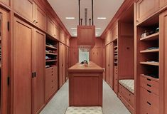 Here is the best closet organization ideas and designs which will inspire you. These are the best and easy option that you can also built in your house. Birch Cabinets, White Cabinets, Best Closet Organization, Organization Ideas, Closet Layout, Wardrobe Storage, Modern Vanity, Contemporary Chandelier, Room Closet