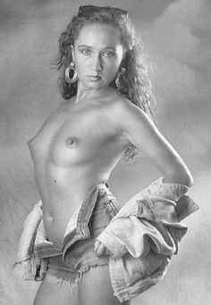 Bára Basiková and other nude celebrities. Free erotic photo gallery, hot movies, discussions and comments Erotic, Photo Galleries, Nude, Statue, Celebrities, Beautiful, Art, Celebs, Kunst