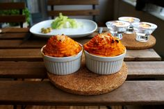 Healthier lighter shepherds pies but not less delicious! Lower in fats and carbs higher in nutrition! Pie Recipes, Casserole Recipes, Sweet Potato Side Dish, Easy Dinner Recipes, Dinner Ideas, Tarts, Lighter, Good Food, Favorite Recipes
