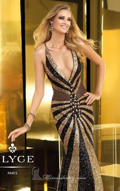 Jovani evening dress-with a studding gorgeous lady wearing the dress Stunning Dresses, Beautiful Gowns, Elegant Dresses, Pretty Dresses, Sexy Dresses, Beautiful Outfits, Fashion Dresses, Prom Dresses, Formal Dresses