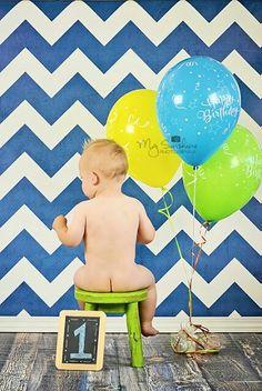 Baby's 1st birthday. Naked baby. Photos