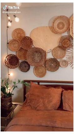 Bohemian Bedroom Decor, Boho Room, Boho Decor, Baskets On Wall, Woven Baskets, Wall Basket, Deco Boheme, Diy Wall Decor, Tik Tok