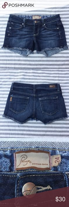 Paige Premium Denim Silver Lake Short 24 Excellent used condition. Approximate flat measurements: waist 13.5in, length 9.5in, inseam 3in, front rise 6.5in. Paige Jeans Shorts Jean Shorts