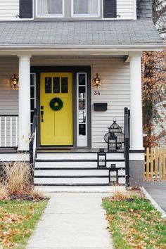 70 Best Modern Farmhouse Front Door Entrance Design Ideas 55 – Home Design Yellow Front Doors, Front Door Colors, Paint Color Combos, Paint Colors, Colour Combo, Trim Color, Porches, Black Shutters, White Siding