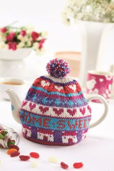 Home Sweet Home teacosy - Free Knitting Patterns - Homewares Patterns - Let's Knit Magazine