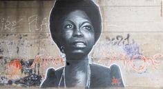 Hommage à Nina Simone - pont musée de l'Arles Antique Arles #streetart #arles